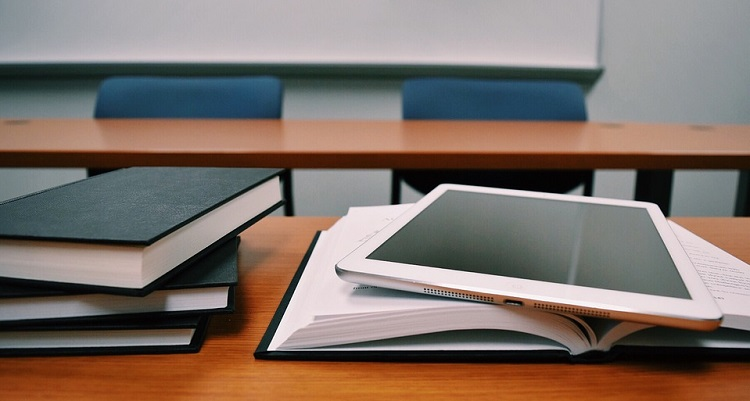 iPad on textbooks