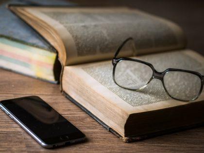 Ultimate Guide to Digital Literacy header
