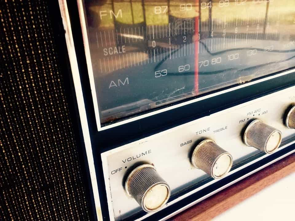 Retro-style radio with volume and tuning knobs